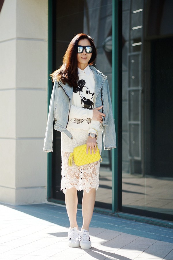 hallie daily sunglasses sweater shirt skirt shoes bag jacket jewels mickey mouse white sweater disney sweater disney midi skirt lace skirt white skirt sneakers platform sneakers white sneakers mirrored sunglasses grey jacket