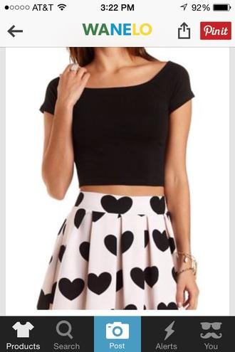 skirt skater skirt heart heart skirt pink light pink black hearts light pink skirt pleats pleated skirt pink pleated skirt light pink pleated skirt heart pattern