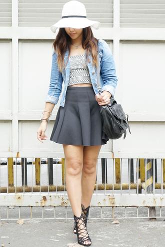 paradigma blogger top hat skirt jacket shoes bag jewels