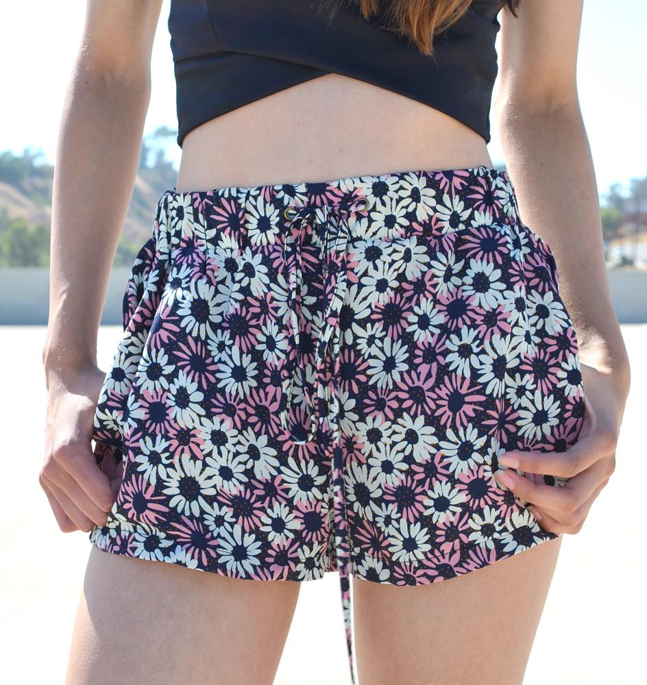 Bloom me away shorts