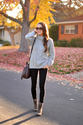 hapa time blogger bag knitted sweater winter outfits