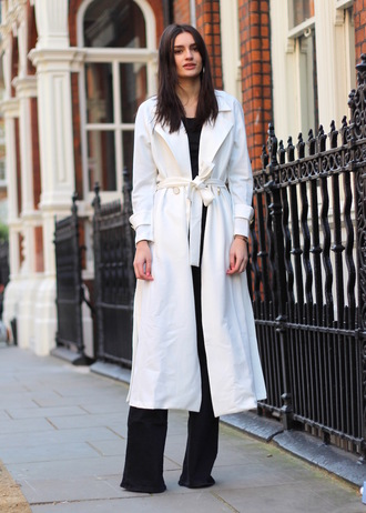 peexo blogger coat top white coat long coat black and white duster coat topshop streetstyle flare jeans mango asos white long coat