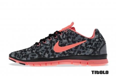 Nike Wmns Free TR 3 555159 007 Stealth Atomic Pink Metallic HMTT Black titolo