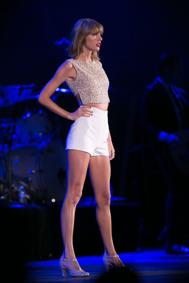 top taylor swift sandals