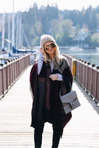 somewherelately blogger leggings shoes bag sweater gucci bag beanie fall outfits
