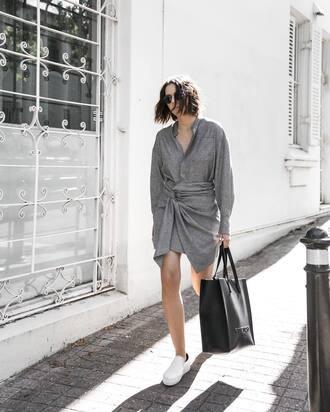 dress tumblr grey dress mini dress asymmetrical asymmetrical dress shirt dress long sleeves long sleeve dress bag tote bag black bag slip on shoes white shoes shoes sunglasses