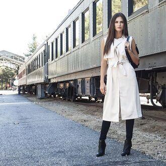 sleeveless coat fall coat travel trench coat off-white light coat long coat elegant trendy stylish angl coat