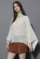 top,chicwish,lovely daisy crochet poncho,crochet top,summer top,boho top,white boho top,chicwish.com