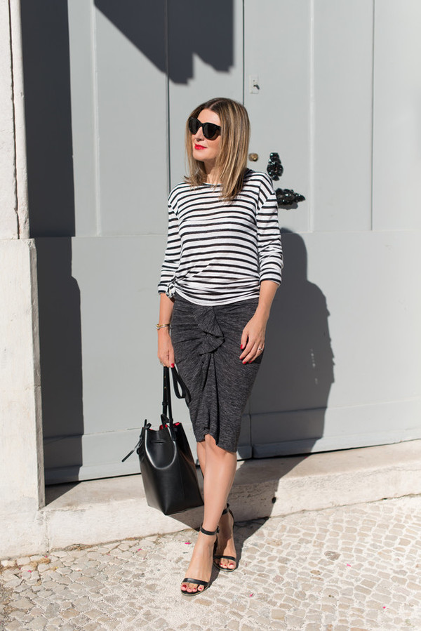 the working girl blogger top skirt bag shoes sunglasses jewels