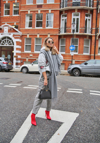 shoes tumblr boots black and red booties pants grey pants scarf grey scarf sweatshirt sunglasses