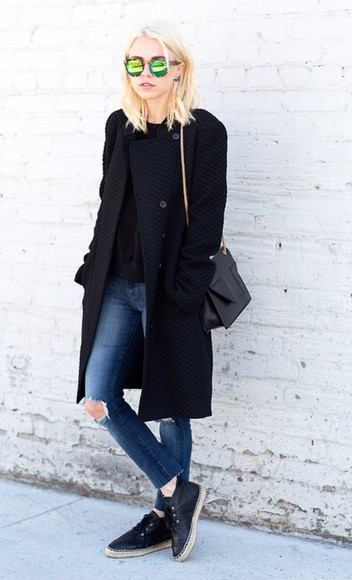 streetstyle black coat cute sunglasses @helpme green cool jeans denim helpmefindthis glasses summer glasses
