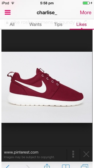 shoes white and maroon shoes nike running shoes nike sneakers nike shoes nike maroon and white nike roshee white shoes burgundy burgundy shoes running shoes sportswear sports shoes roshe runs nike roshe run womens nike shoes roshe runs