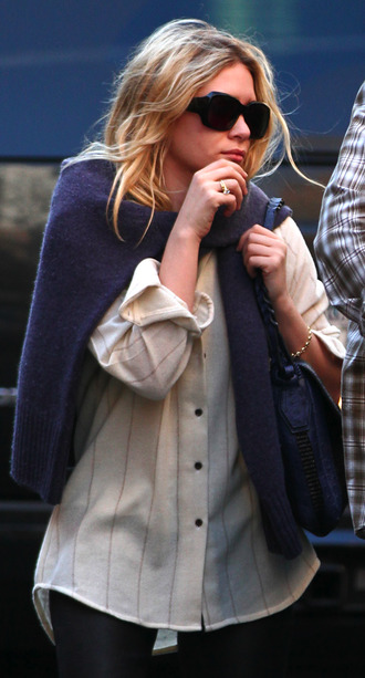 olsen sisters sunglasses sweater blouse jewels bag