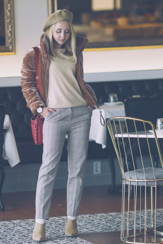 my blonde gal blogger jacket bag pants shoes sweater velvet jacket beret red bag winter outfits