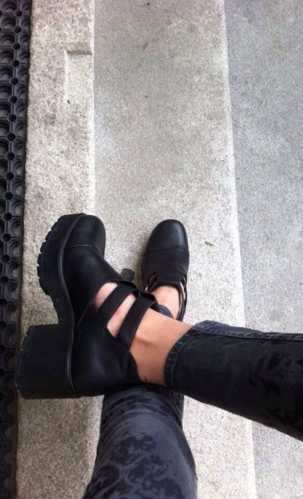 shoes black leather cut out ankle boots boots swag jeans thick heel heels rock cut out booties