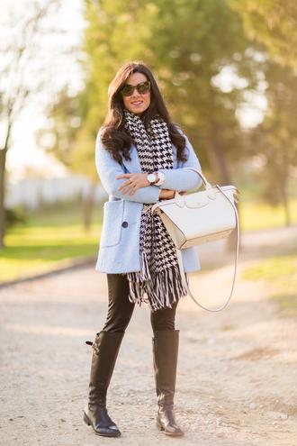 crimenes de la moda blogger blue coat houndstooth riding boots
