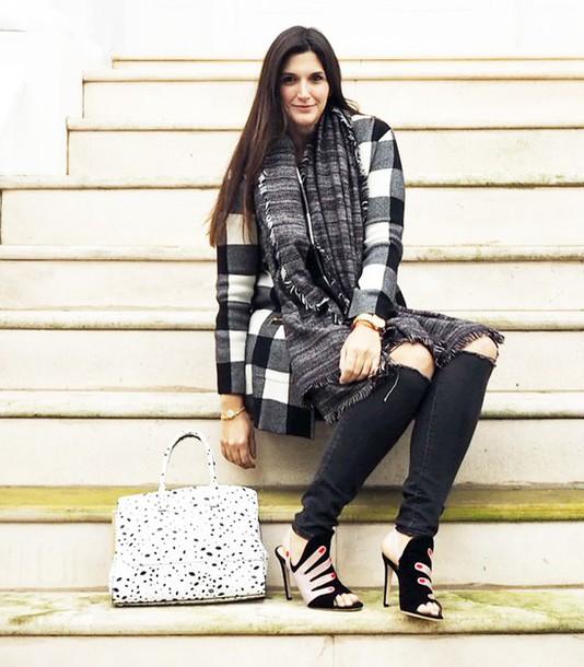 fashion foie gras blogger cardigan bag shoes scarf jeans