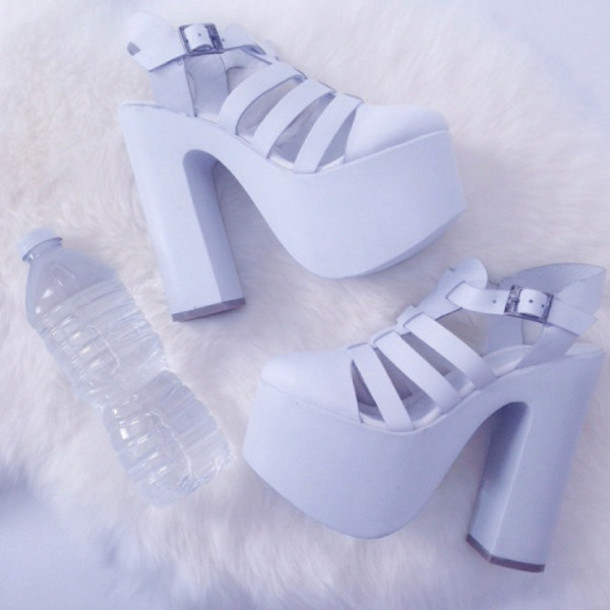 a5fb2d2fe4352 Get the shoes for $125 at store.americanapparel.net - Wheretoget