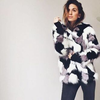 coat storets blogger top blogger lifestyle streetwear streetstyle street faux fur faux fur coat winter outfits winter coat