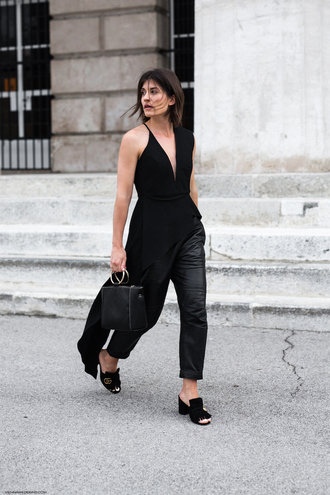 viennawedekind blogger top pants bag mules black top black bag black pants spring outfits