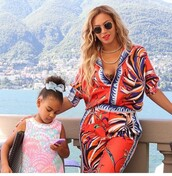 jumpsuit,blouse,pants,two-piece,beyonce,sunglasses,necklace,bra,colorful