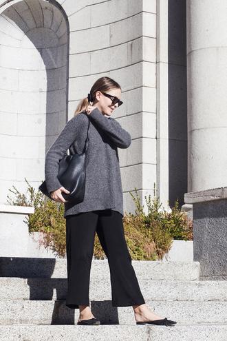 trini blogger sunglasses sweater pants bag fall outfits grey sweater black bag black pants
