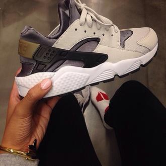 shoes nike sneakers huarache nude sneakers nike harrueches nikes haurache  white grey gold trainers sneakers nike
