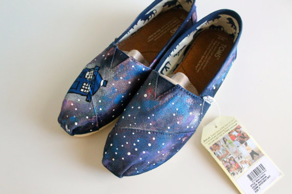 Doctor who tardis lost in space toms or by infiniteinspiration