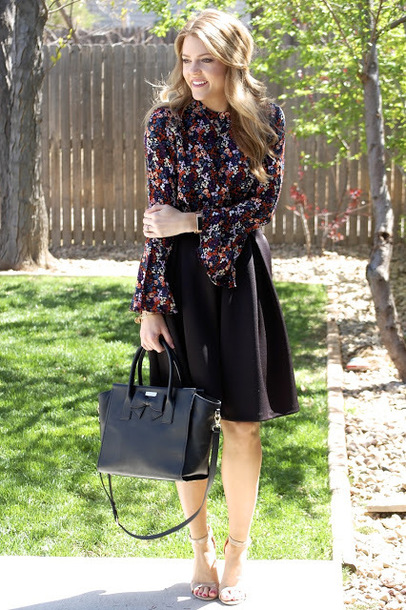 polishedandpink blogger blouse skirt shoes bag jewels
