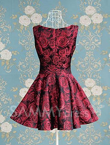 Elegant full rose print sweetheart neckline sleeveless pleated dress for women without belt