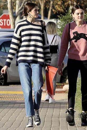 sweater stripes striped sweater streetstyle fall outfits model off-duty kaia gerber sneakers jeans