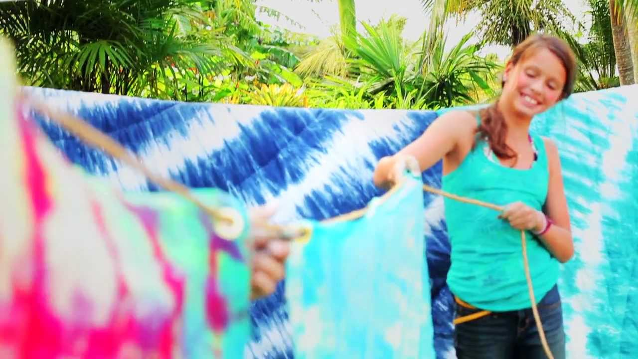 How to Make Tie Dye | PBteen - YouTube