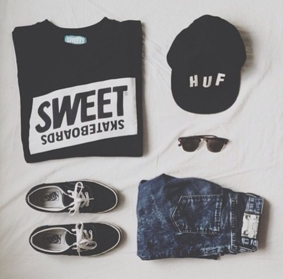 t-shirt huf sweet skateboards blue shorts black t shirt black sunglasses vans of the wall sweater hat jeans shoes sweatshirt skateboarder black, huf, hat sweet shorts shirt black white cap snapback sunglasses vans