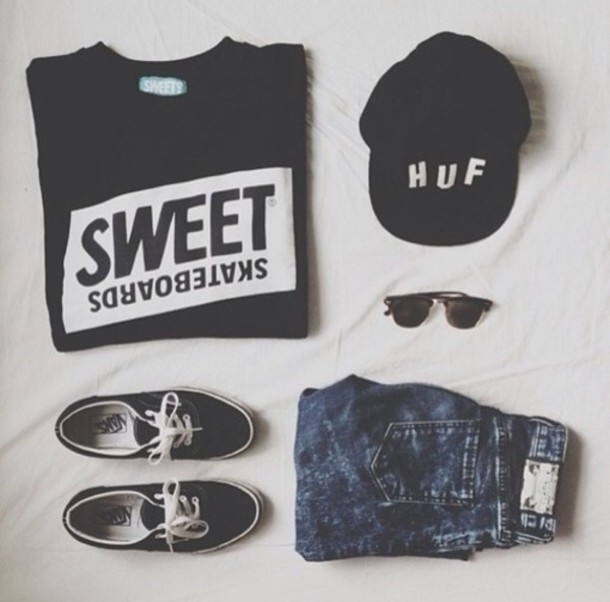 sweater hat jeans shoes sweatshirt skateboarder clothes sweet skateboards black sweet huf t-shirt shirt white cap snapback sunglasses shorts vans black t shirt black sunglasses vans of the wall blue shorts top fashion grunge cool shirts