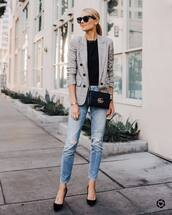 jeans,ripped jeans,straight jeans,pumps,black t-shirt,blazer,crossbody bag,black sunglasses