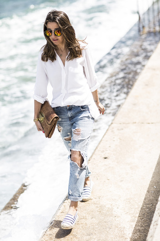 lovely pepa blogger sunglasses jewels bag button up ripped jeans round sunglasses clutch flats