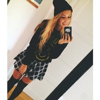 flannel skirt black white black and white overknees knee high socks nirvana sweater