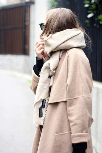 fashion and style blogger jeans bag scarf jewels camel coat