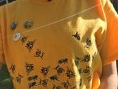 t-shirt,yellow bee,yellow aesthetic