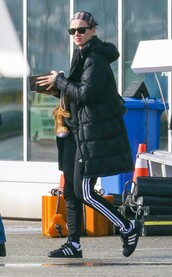 jacket,sweatpants,katy perry,sneakers,sports shoes,pants,shoes