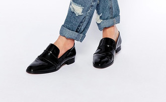 shoes slippers moccasins slip on shoes destroyed jeans noir jeans