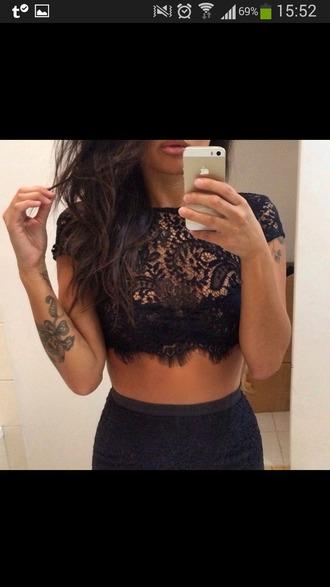 top black lace crop tops