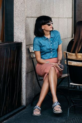 shirt fashion week street style fashion week 2016 fashion week milan fashion week 2016 blue shirt sunglasses short sleeve skirt pencil skirt pink skirt sandals embellished embellished sandals silver sandals flat sandals streetstyle