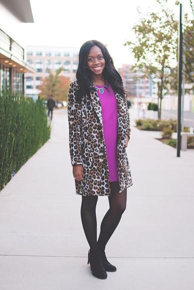 purple dress alicia tenise blogger jewels necklace leopard print coat ankle boots