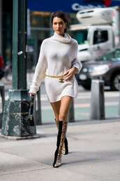 sweater,belt,sweater dress,bella hadid,model off-duty,fall outfits,fall sweater,boots,victoria's secret model
