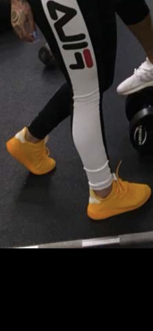 31171de10 adidas Originals x Pharrell Williams – Tennis HU CP9767 – Sneaker in ...