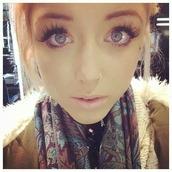 make-up,false,chloe harwood,lashes,false eyelashes