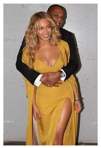 dress mustard beyonce instagram coat