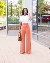 top,crop tops,white top,wide-leg pants,high waisted pants,clutch
