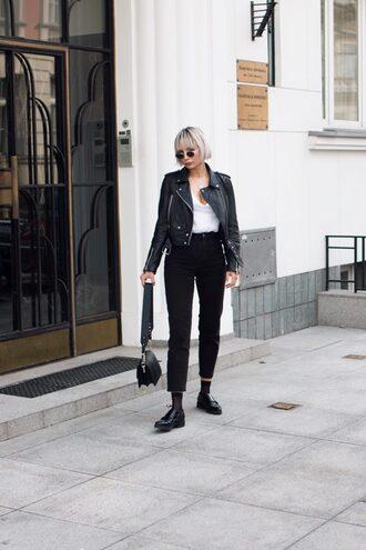blogger t-shirt jacket jeans bag shoes spring outfits black pants black leather jacket shoulder bag
